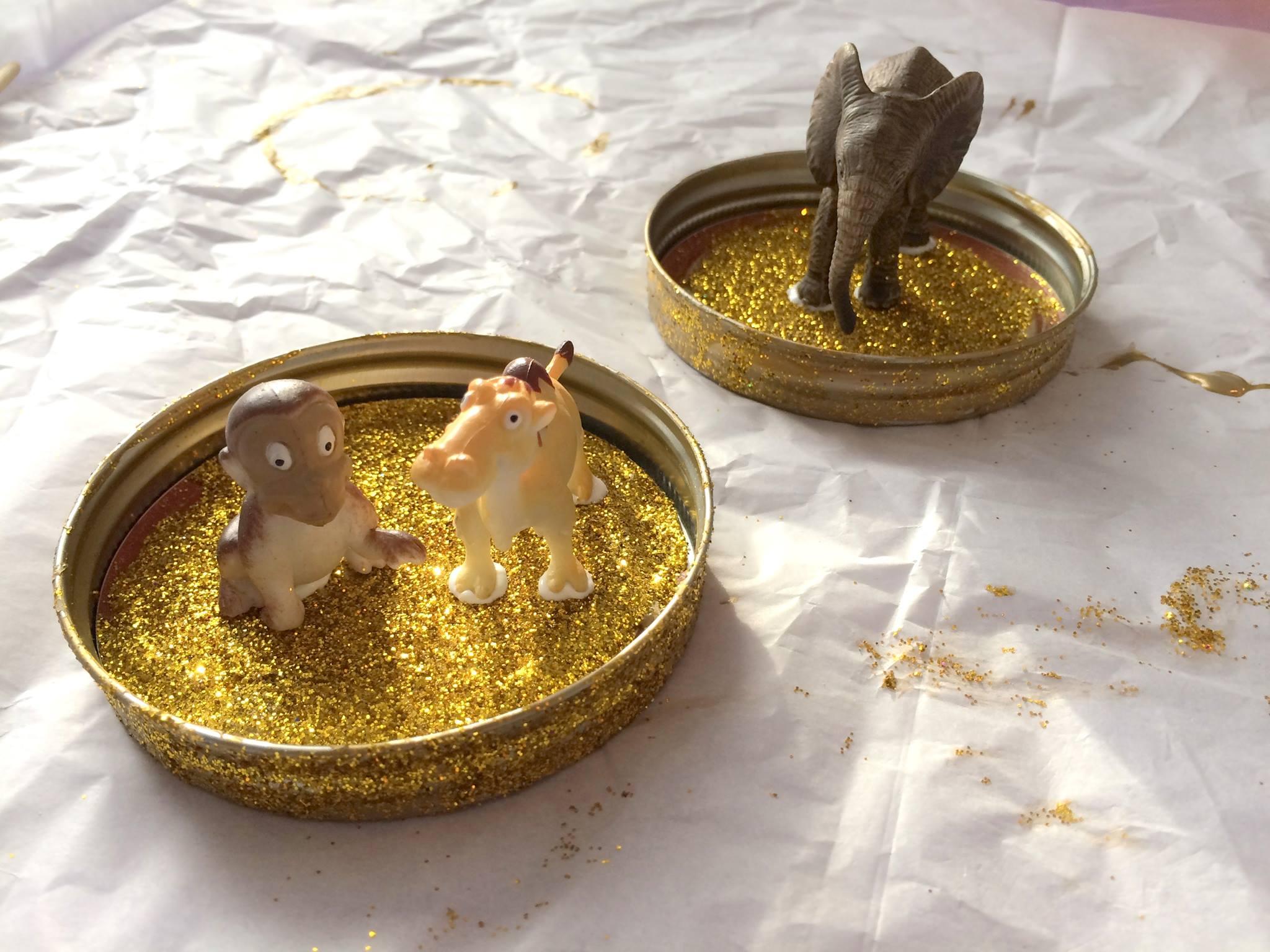 diy glitter globes