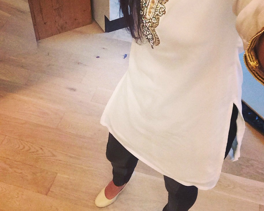 kurti-with-jeggings