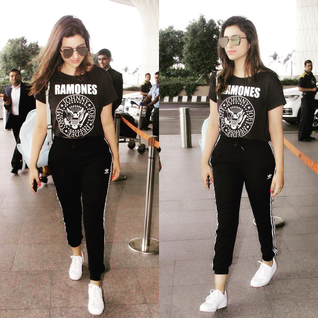 Parineeti-chopra-airport-style-sweatpants